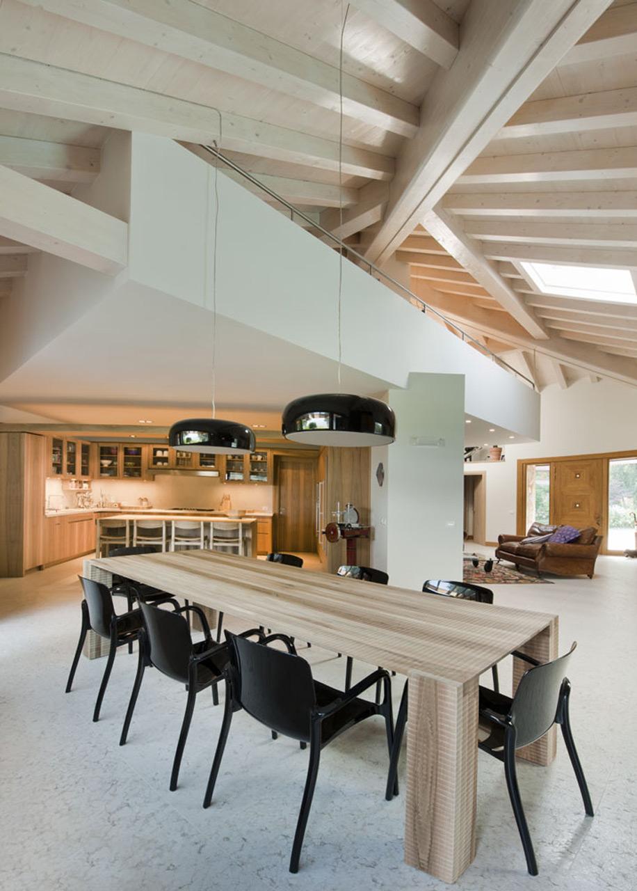 Cucina e sgabelli in Noce nazionale - Cucine e Sedie Design in Legno ...