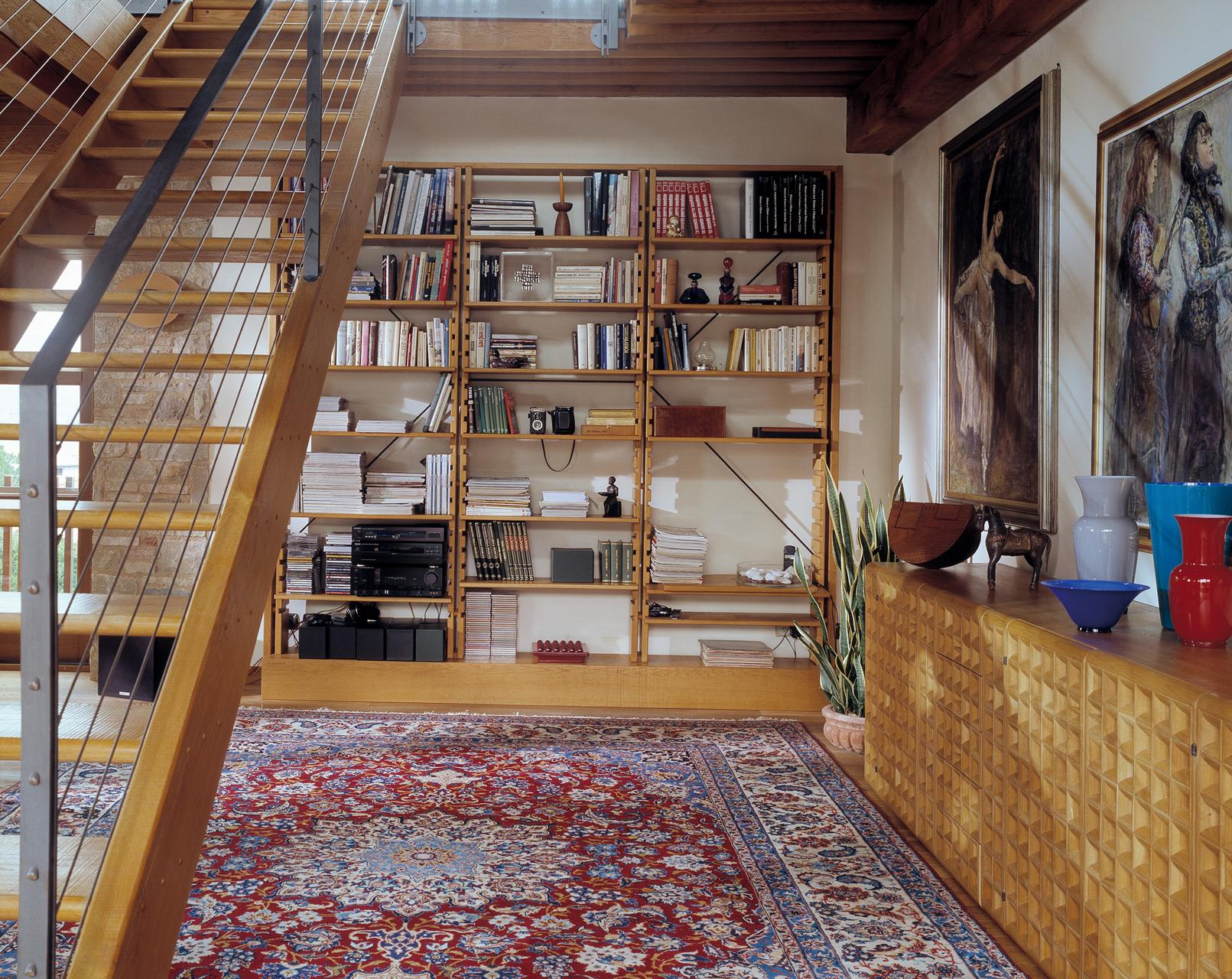 Libreria Chiaravalle in rovere. Credenza Celata in rovere