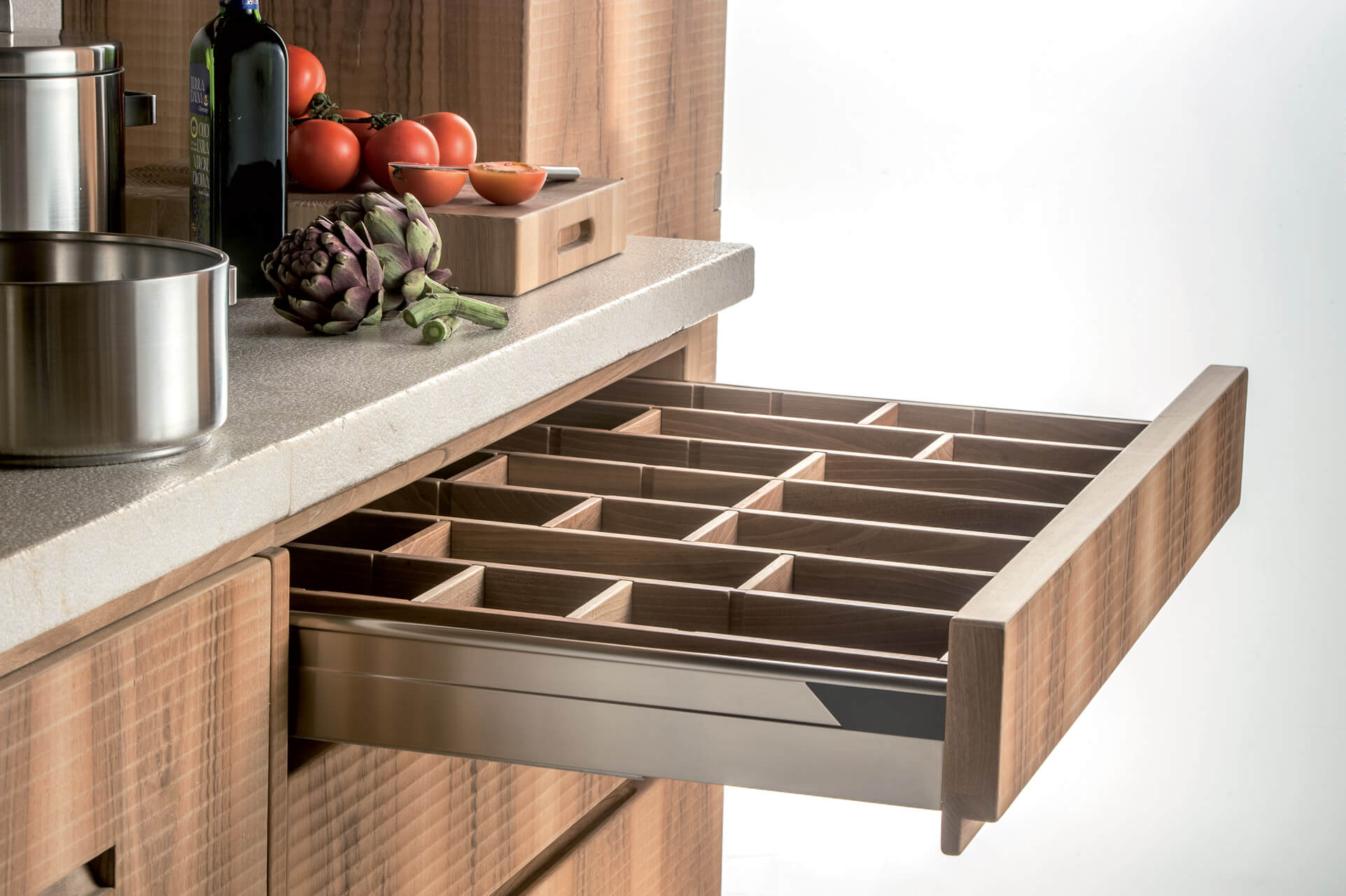 Cucina in Noce con Piano in Legno e Marmo - Cucine Design in Legno ...