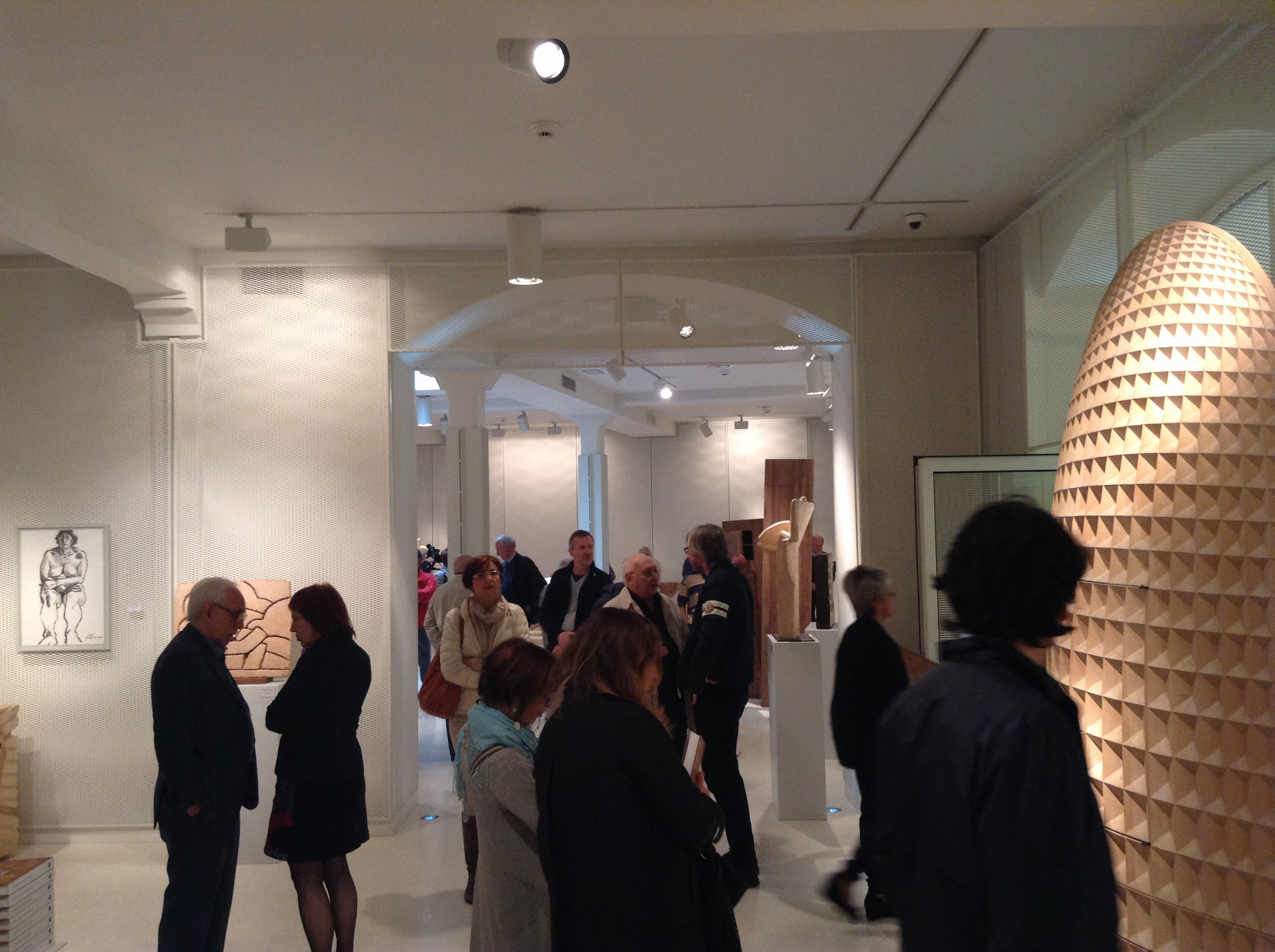 Great turnout at Agnellini Arte Moderna for the exhibition